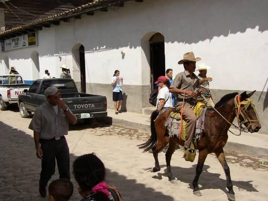 http://www.ultimatejourney.com/HU.Gracias.Cowboy.JPG